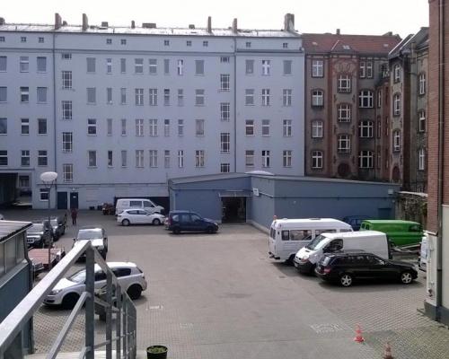 Hof Bild 1